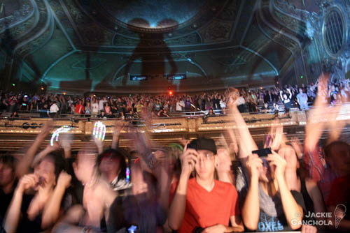 Deadmau5 and die antwoord at paramount theatre in seattle for Die antwoord fish paste